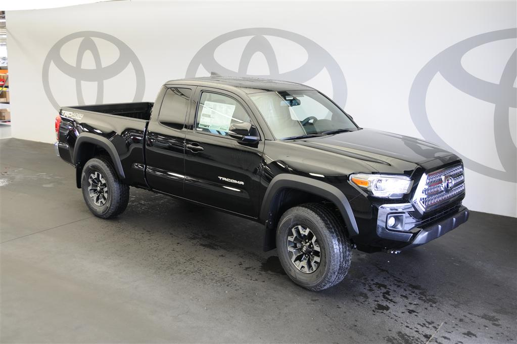 New 2017 Toyota Ta a TRD froad 4D Access Cab in Columbia